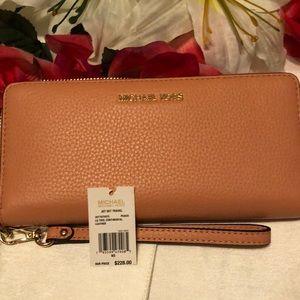 Michael Kors Peach Color Leather Wallet